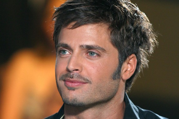 Que devient... David Charvet ?