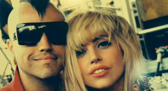 Clip de « First Things First »  ->  Neon Trees fait le bilan et pose avec Lady Gaga