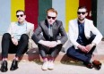 "Two Door Cinema Club tente la carte ""Next Year"""