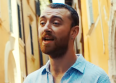 "Sam Smith romantique sur ""Baby, You Make..."""