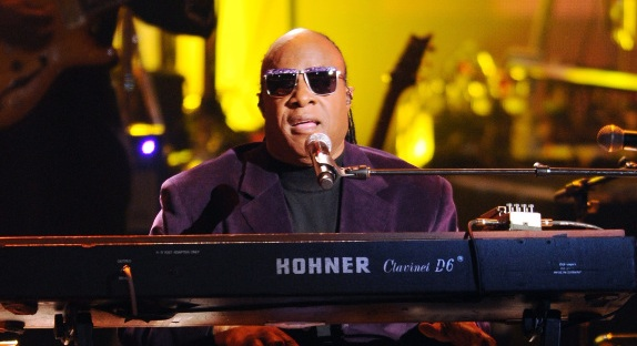 Après l'acquittement de George Zimmerman, Stevie Wonder boycotte la Floride