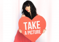 """Carly Rae Jepsen dévoile """"Take a Picture"""""""