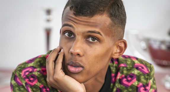 STROMAE franchit le cap du million de ventes avec son album.