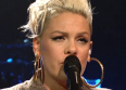 "Pink chante ""What About Us"" au SNL"