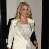 Britney Spears visite Londres en tour-bus  : photos