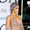 Rihanna et sa robe transparente, vedettes des CFDA Fashion Awards : photos